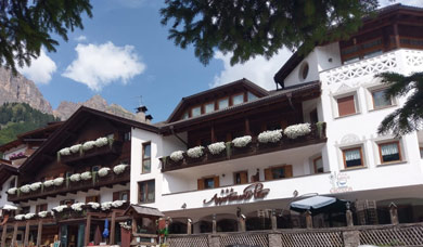 The apartments Peter are at Colfosco in Alta Badia