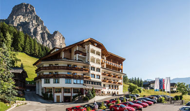 Holidays in Alta Badia at the Hotel Sassongher at Corvara