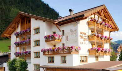 Holidays at the Hotel Villa Eden at Corvara / Alta Badia