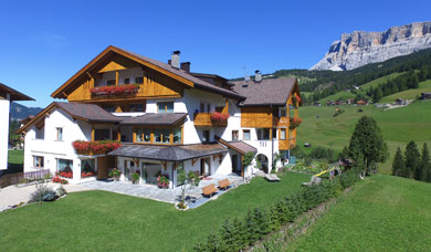 The Pension La Flu is situated at La Villa in Alta Badia