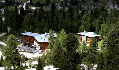 Mountain Hut Fanes in San Vigilio